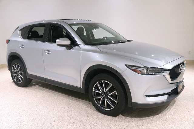 Certified Pre-Owned 2017 Mazda CX-5 Grand Select AWD