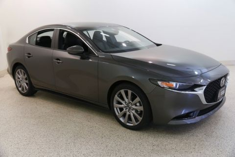 Certified Pre-Owned 2019 Mazda3 w/Select Package